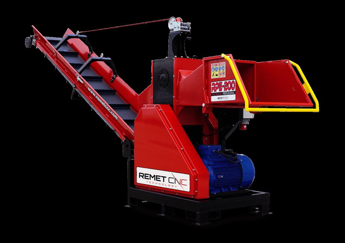 Измельчитель веток Remet RPE-200+транспортер 4 м (150 мм, 8 ножей, 22 кВт)