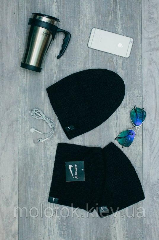 Шапка Nike чорного кольору