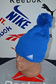 Шапка Adidas синего цвета с балабоном