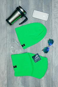 Шапка Nike зеленого цвета