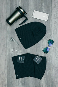 Шапка Nike темно-серого цвета