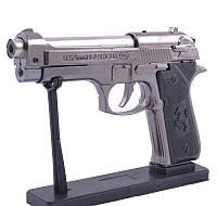 Сувенирный Пистолет Beretta зажигалка с подставкой (Турбо пламя)