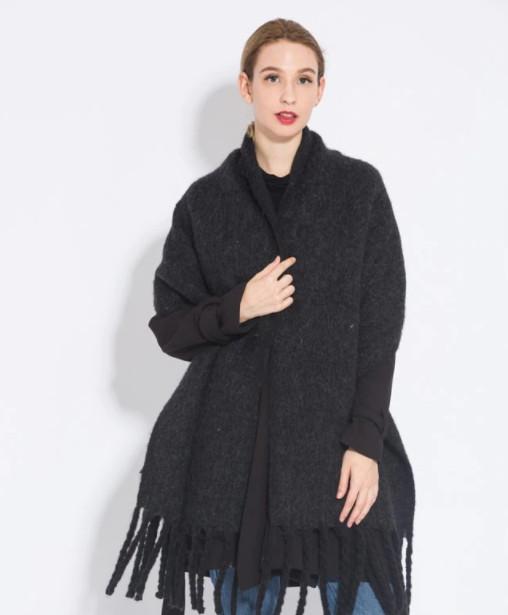 Женский большой теплый шарф - Черный