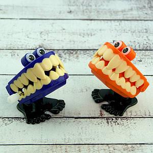 Заводная игрушка Зубы 979815289