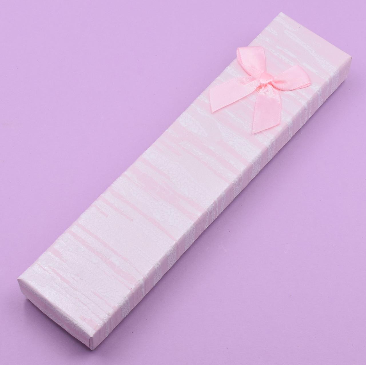 Футляр розовый 741179 для цепочек браслетов размер 21х4 см