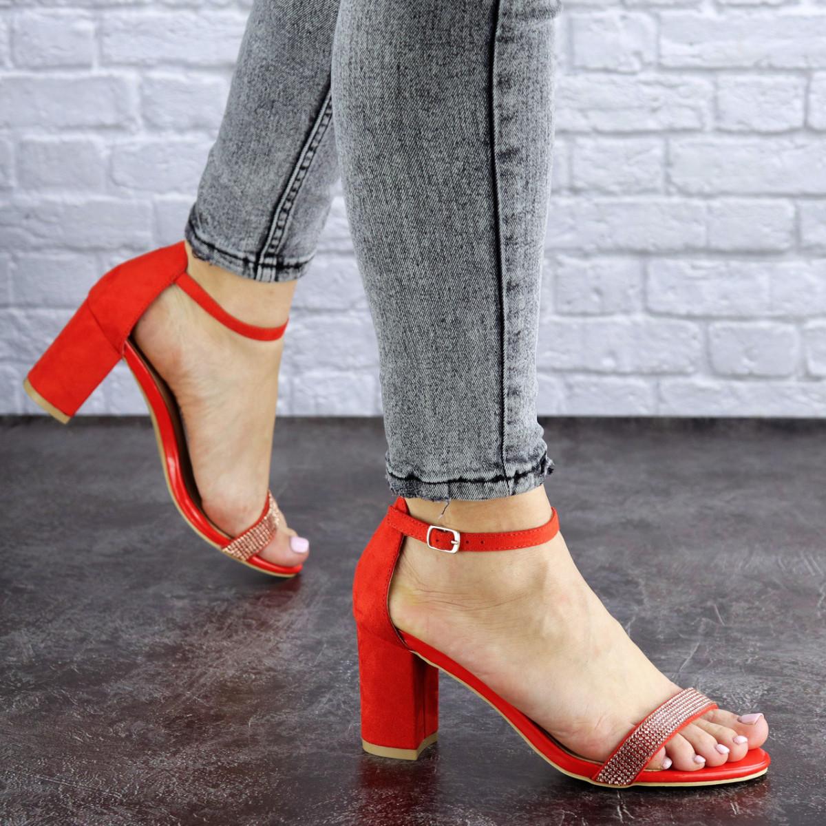 Женские красные босоножки на каблуке Lacey 1770 (36 размер)