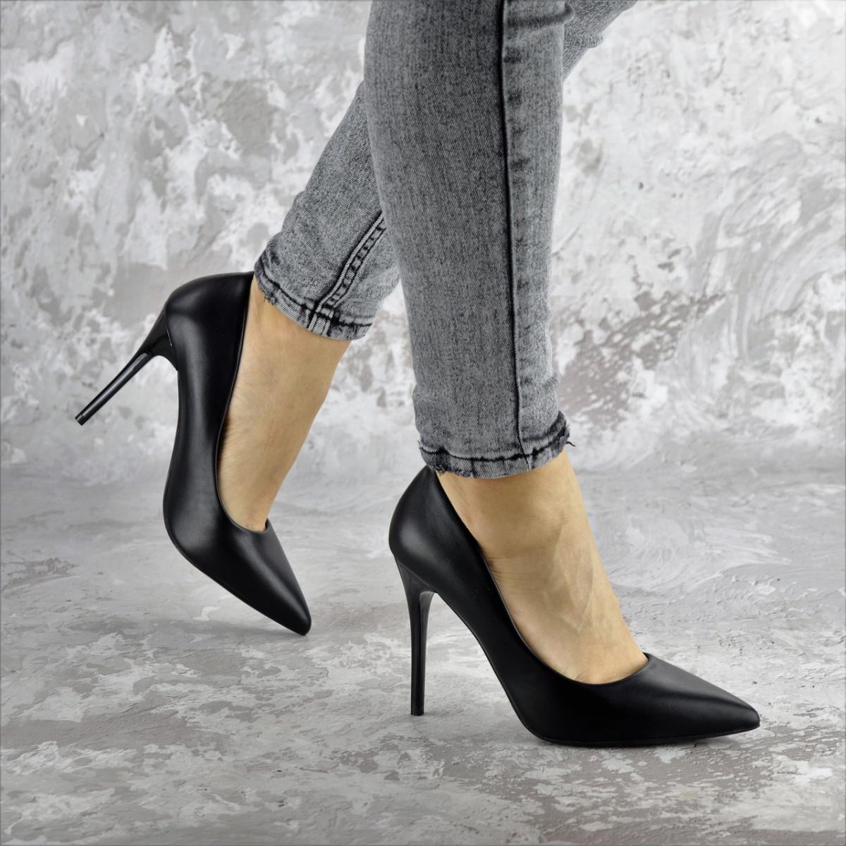 Туфли женские на каблуке черные Fleetwood 2362 (36 размер)