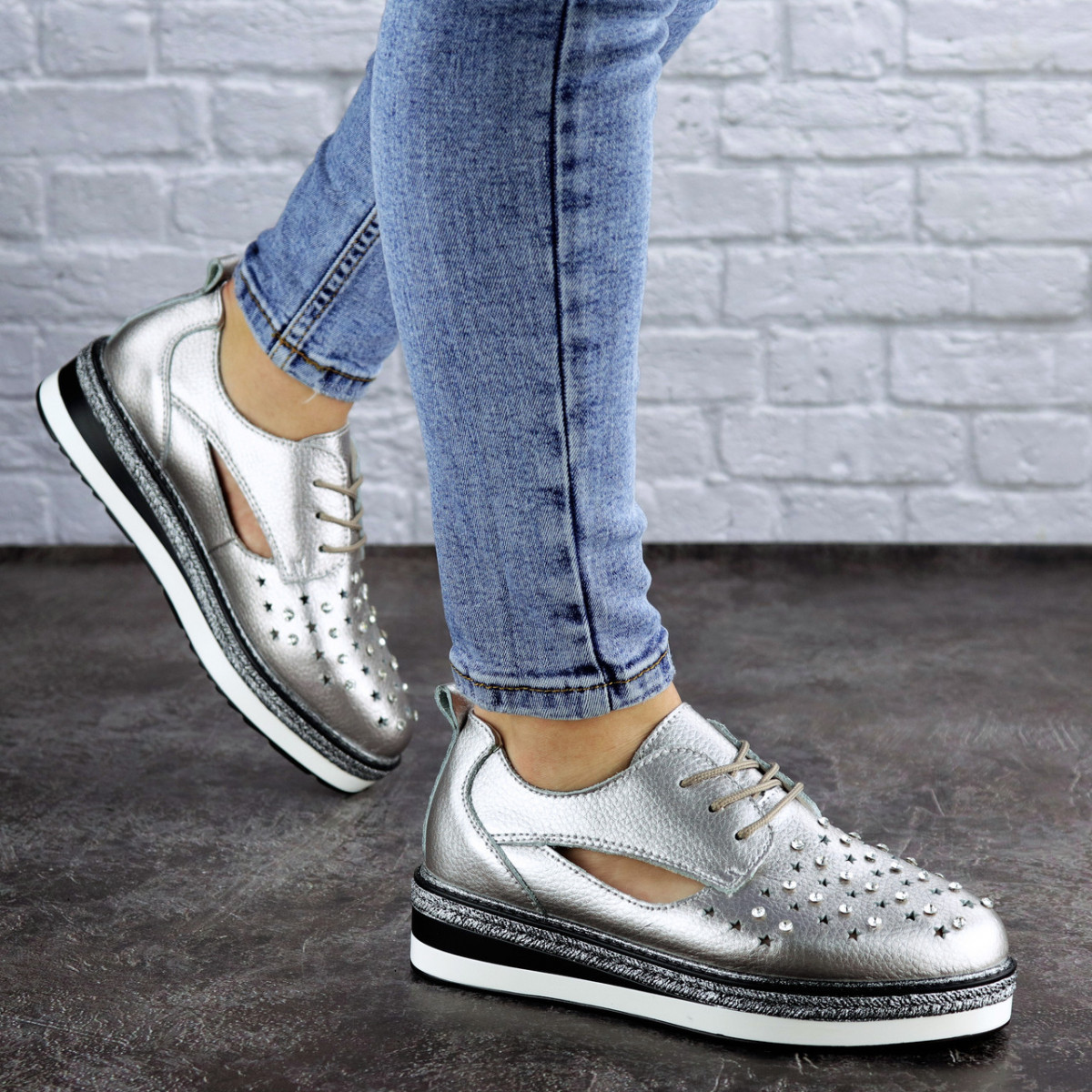 Женские туфли кожаные серебристые Demi 1966 (36 размер)