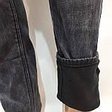 Теплые зимние потертые мужские прямые джинсы на флисе Черные, фото 9