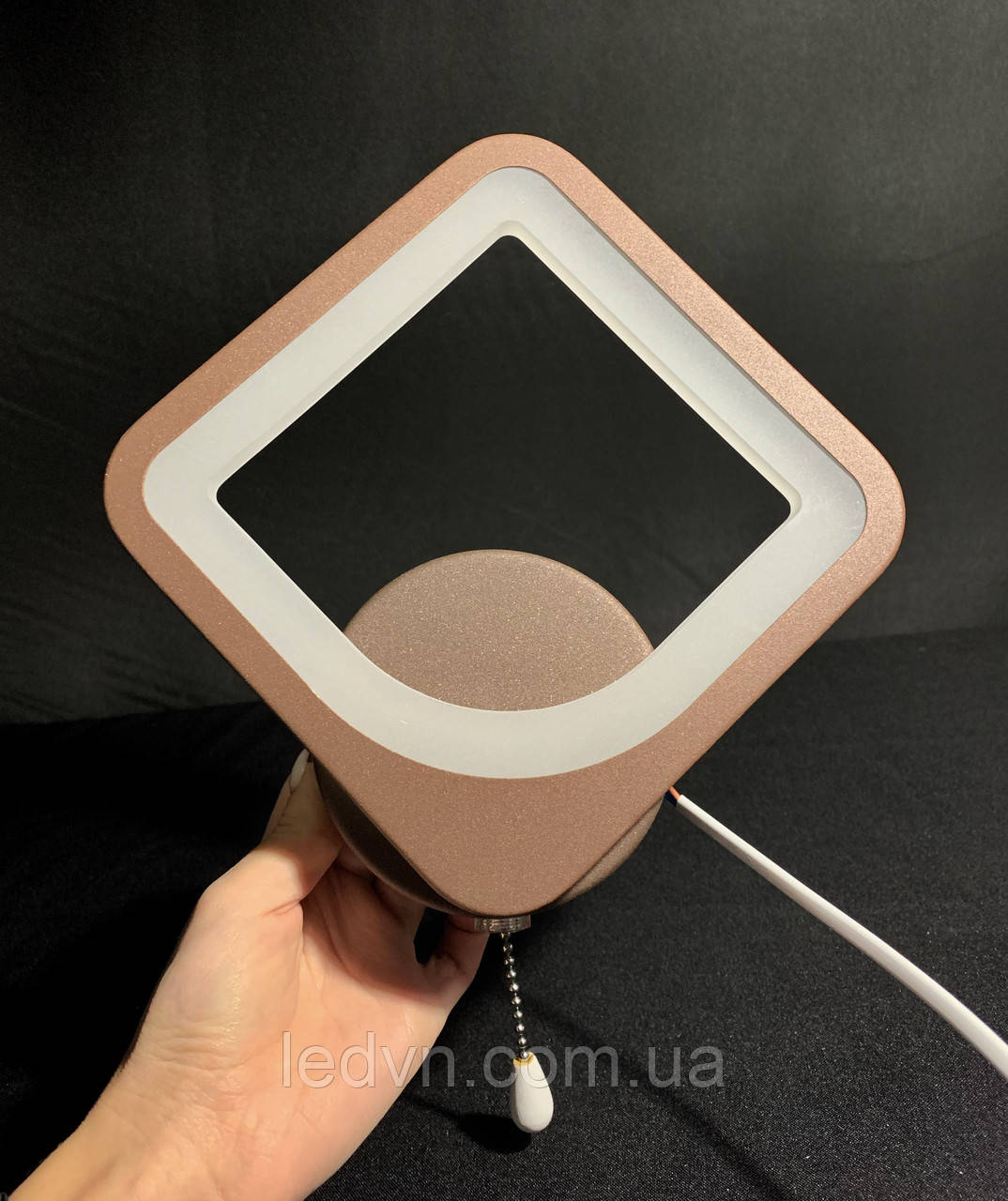 Современное светодиодное бра коричневый квадрат 9 ватт