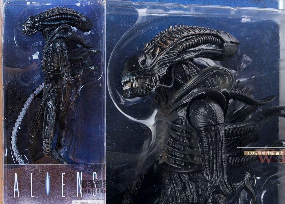 Чужой (Alien-Warrior) 23 см. Акция