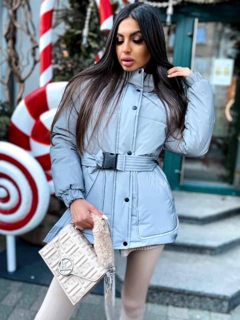 Жіноча зимова подовжена куртка на блискавці з об'ємним капюшоном (р. 42-46) 8401512
