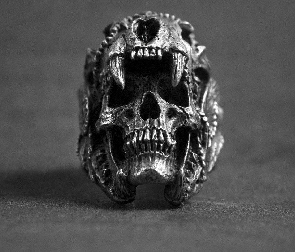 Перстень Бог Тепейоллотль (сталь)