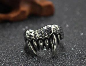 """Перстень """"Ікла"""""""