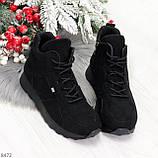 Высокие черные замшевые демисезонные женские кроссовки на флисе, фото 3