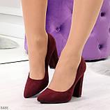 Стильные молодежные бордовые женские замшевые туфли на устойчивом каблуке, фото 7