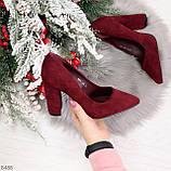Стильные молодежные бордовые женские замшевые туфли на устойчивом каблуке, фото 9
