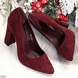 Стильные молодежные бордовые женские замшевые туфли на устойчивом каблуке, фото 10