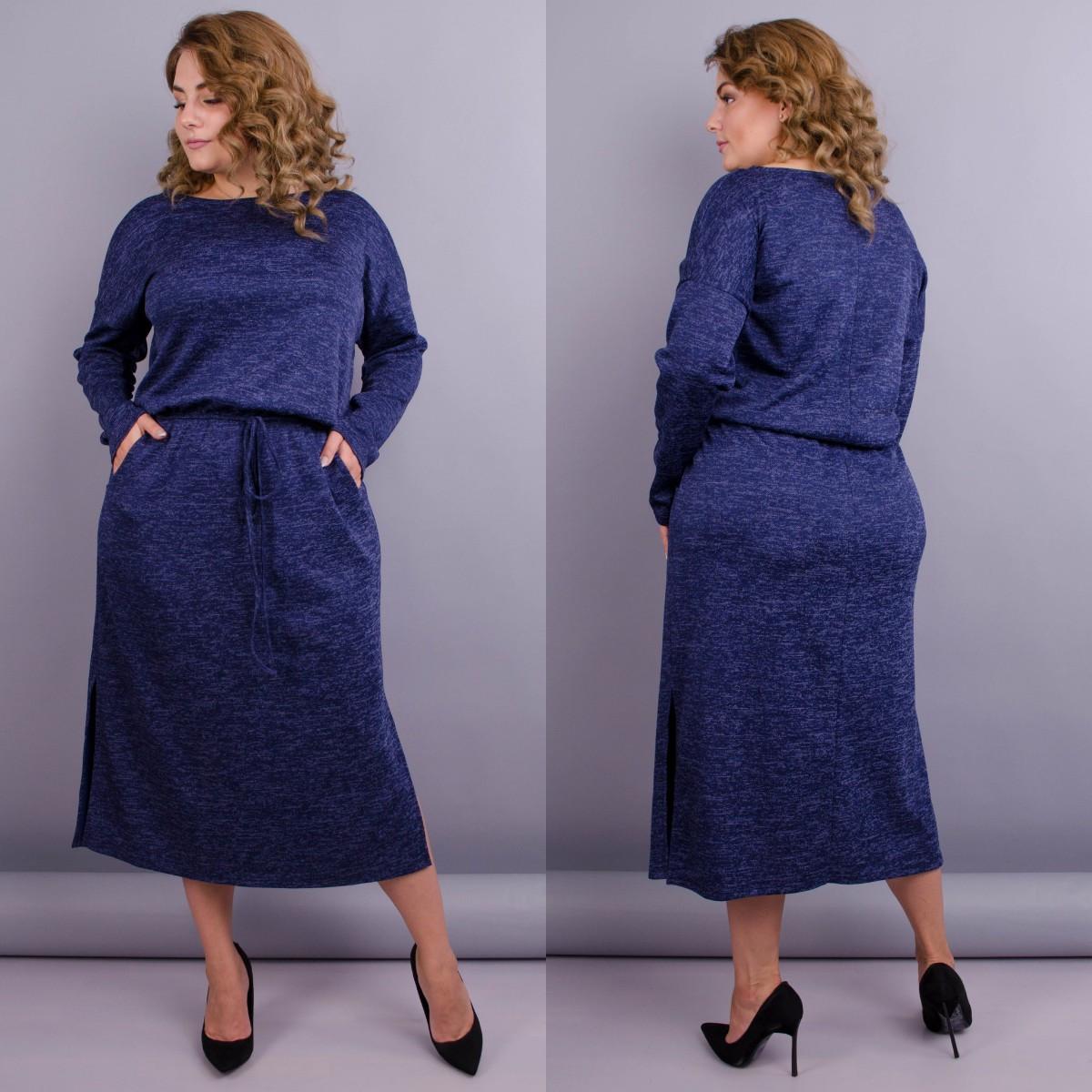 Оригинальное трикотажное платье большого размера