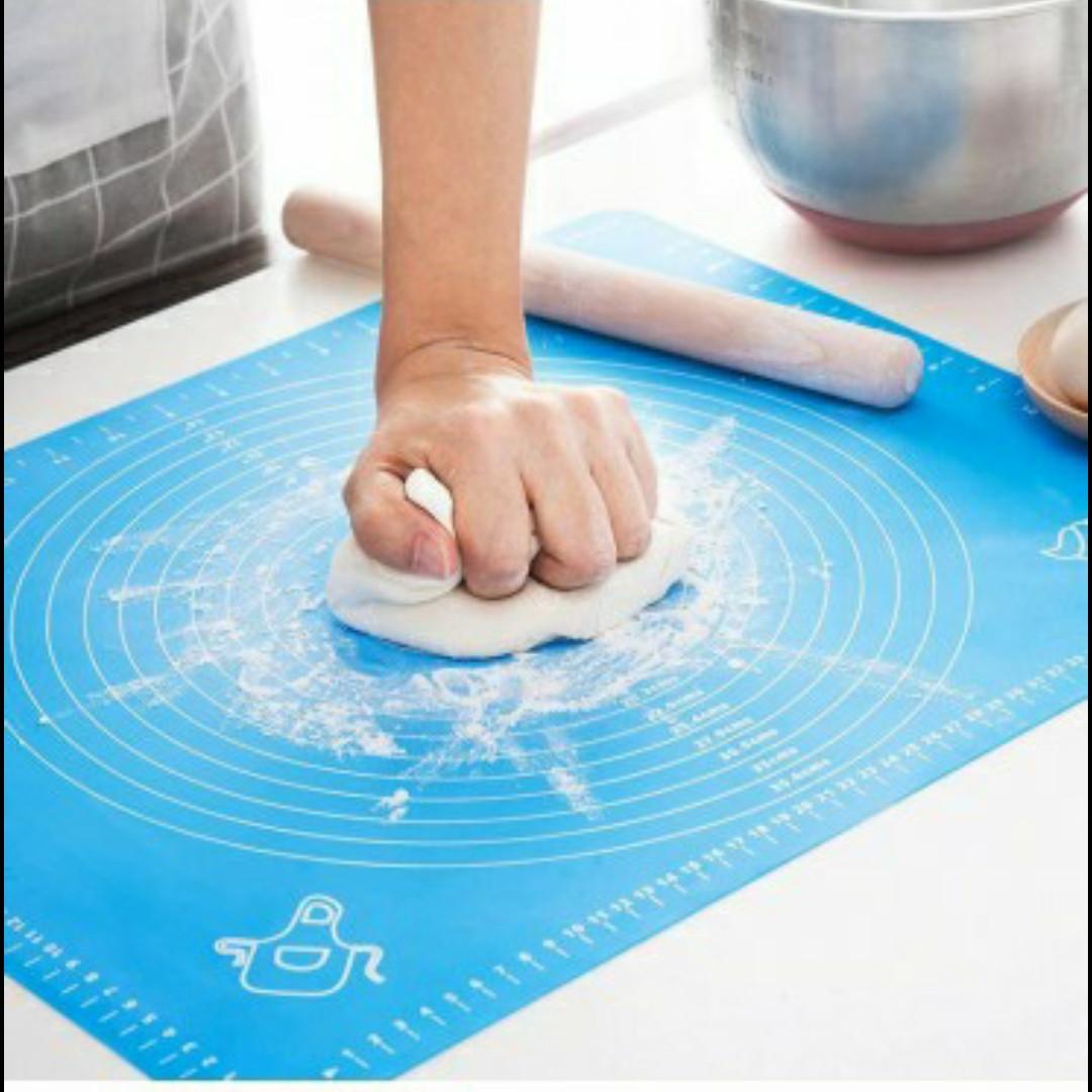 Силиконовый коврик для раскатки и выпечки теста 46х38см Голубой