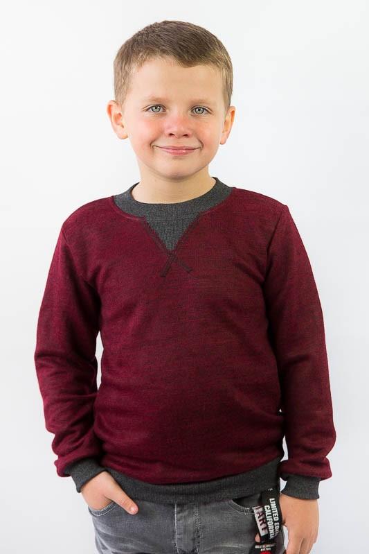Детский стильный джемпер на мальчика
