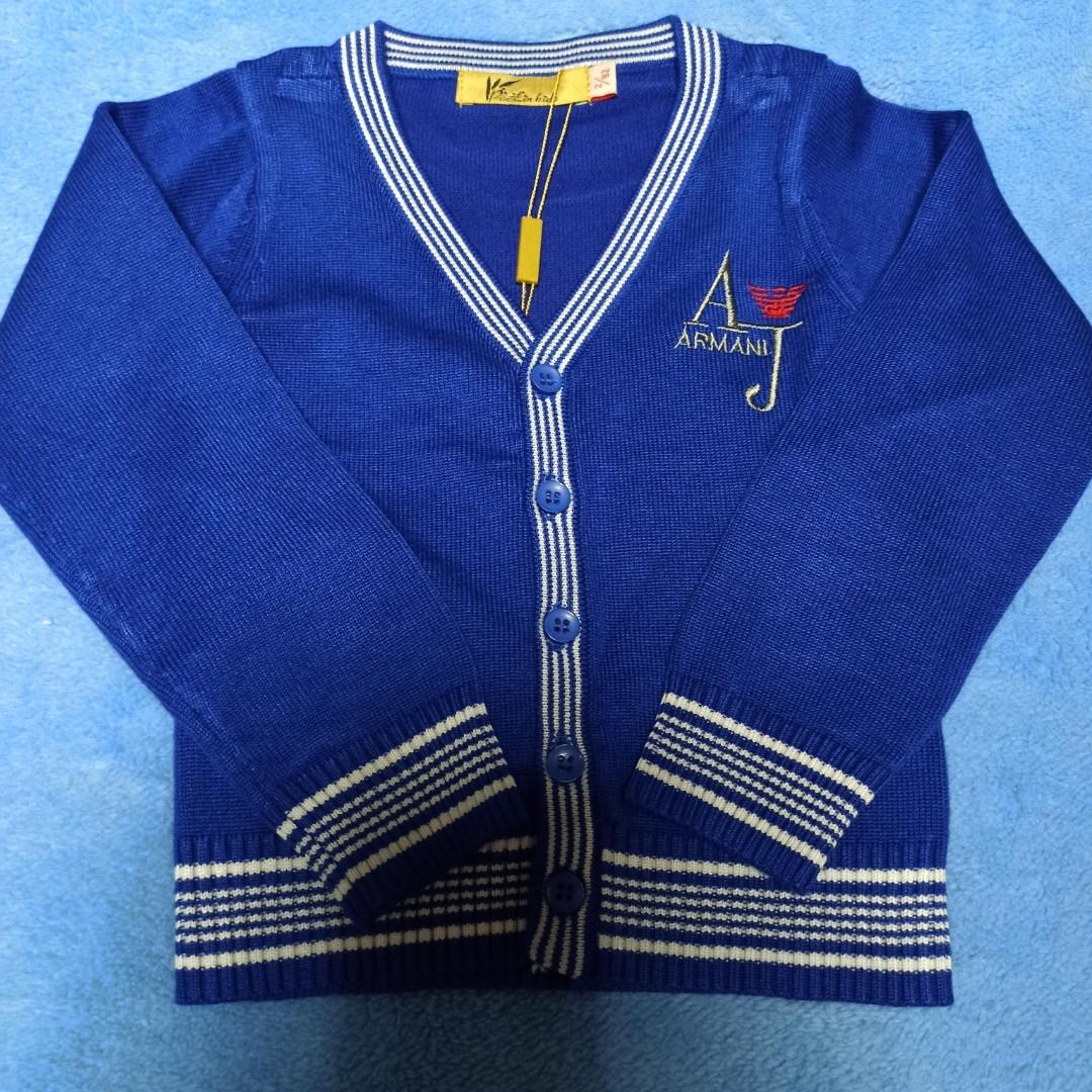 Джемпер модный красивый нарядный стильный синего цвета на пуговицах для мальчика.