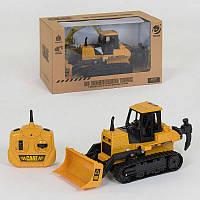 Машинка Трактор на р/у 9205 А (12) на батарейках, в коробке