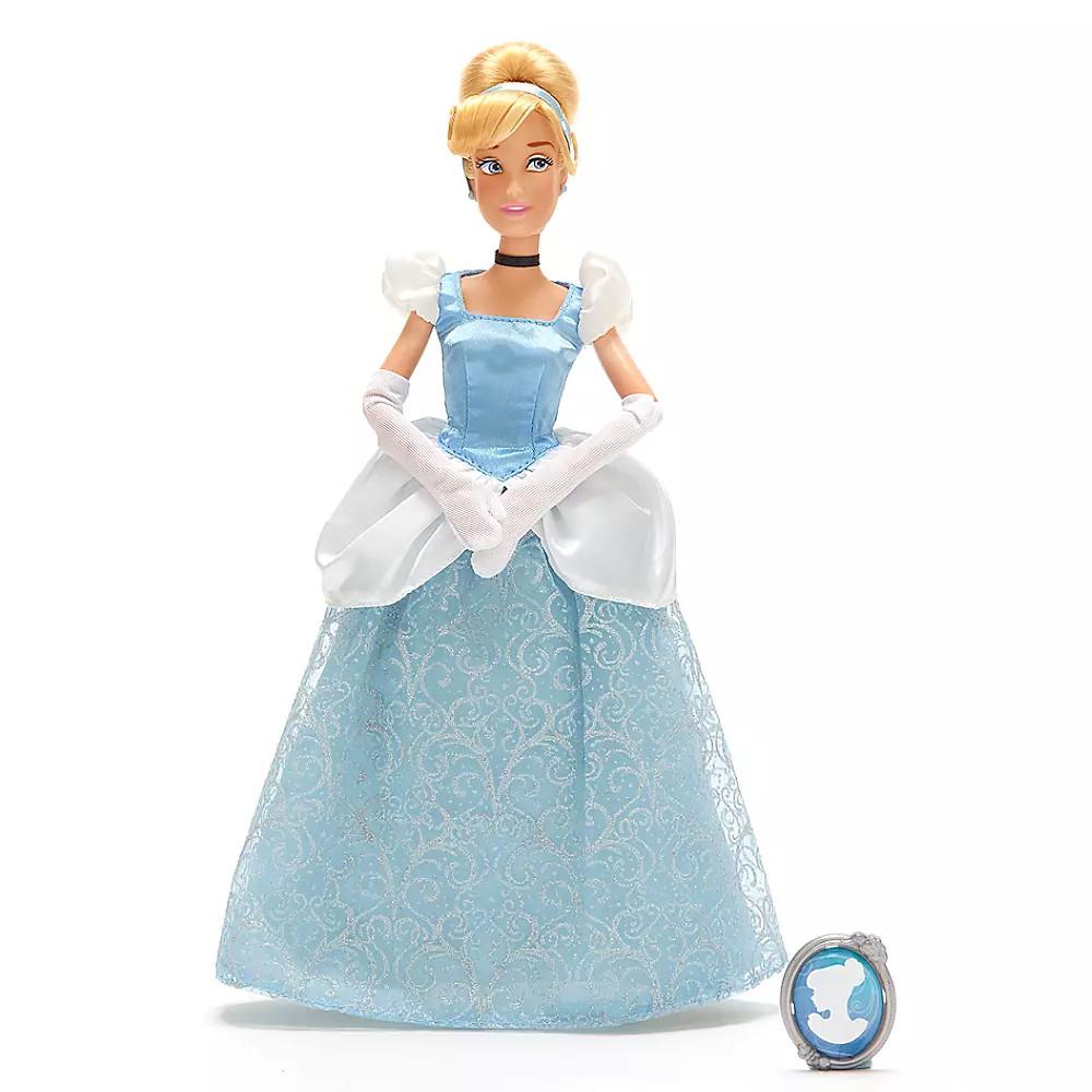 Кукла Золушка с кулоном