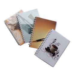 Записная книга блокнот Реверс Спектр А6 96 л клетка на пружине микс 4 диз (ЗА6.96-204)