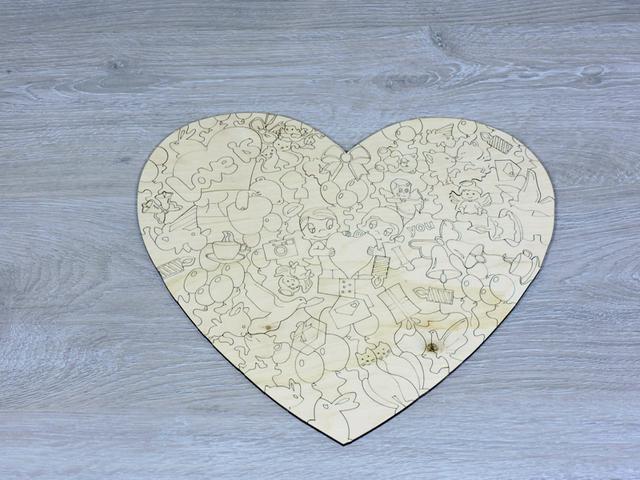 Пазлы в форме сердце из фанеры