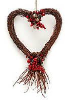 Новогоднее украшение Сердце лоза с рябиной 45см
