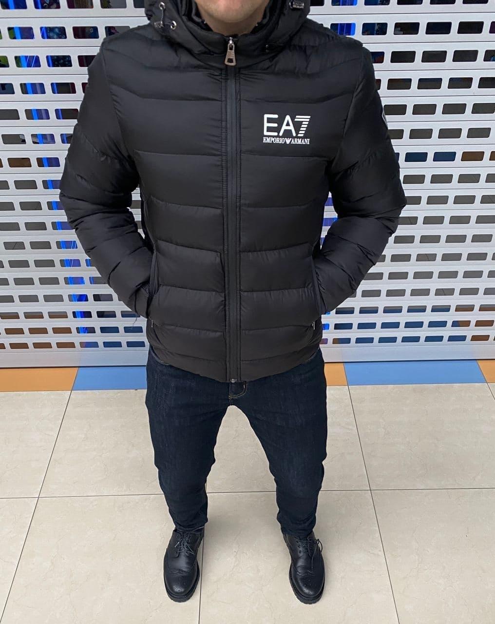 Мужская куртка Emporio Armani H1155 черная