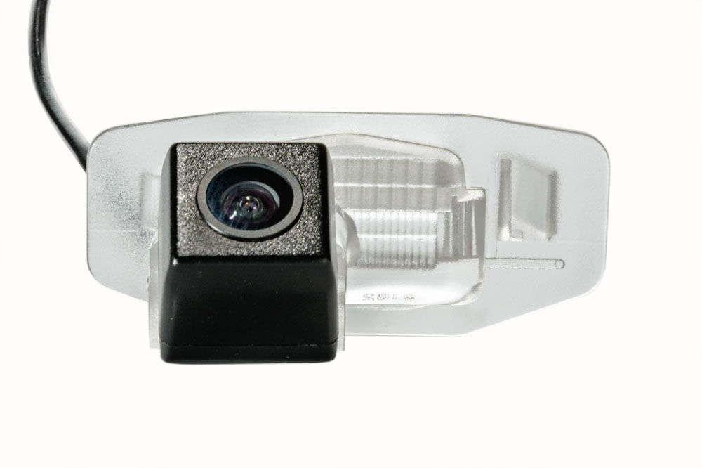 Штатная камера заднего вида Fighter CS-CCD+FM-19 (Honda/Acura)