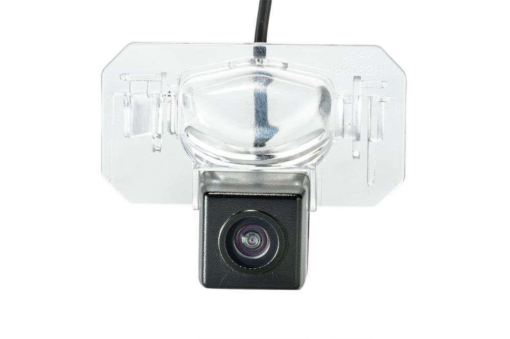 Штатная камера заднего вида Phantom CA-35+FM-22 (Honda/Acura)
