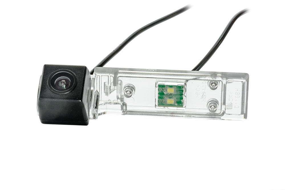 Штатная камера заднего вида Phantom CA-35+FM-70 (Geely)