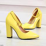 Эффектные нарядные яркие желтые лимонные туфли на каблуке, фото 3