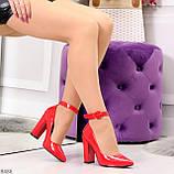 Эффектные нарядные яркие лаковые красные туфли на каблуке, фото 5