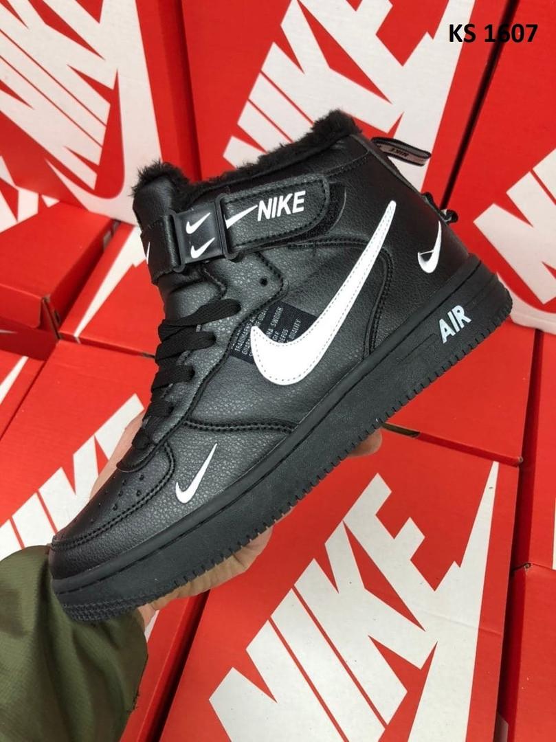 Мужские зимние кроссовки Nike Air Force 1 07 Mid LV8 (черные) KS 1607