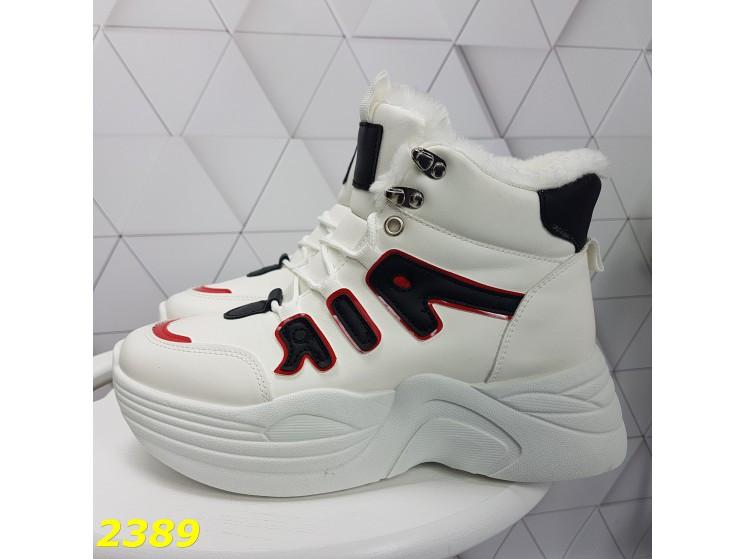 Зимние кроссовки ботинки спортивные на высокой массивной подошве белые с красным 37 р. (2389)
