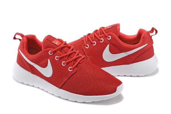 Кроссовки Nike Roshe Run Red Красные женские