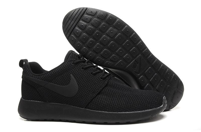 Кроссовки Nike Roshe Run Black Черные мужские