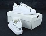 Женские кроссовки Alexander McQueen в стиле александр маккуин белые Рефлектив (Реплика ААА+), фото 4