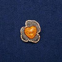Брошь Кулон с Кабошоном Янтарь (им) и стразами 28х29мм, золотистый металл