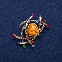 Брошь Кулон с Кабошоном Янтарь (им) и стразами 33х48мм, золотистый металл
