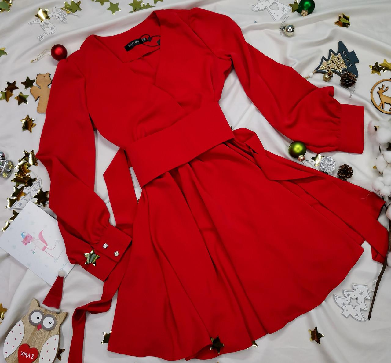 Жіноча червона сукня з широким поясом
