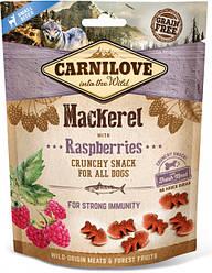 Лакомство для собак Carnilove Crunchy Snack Mackerel with Raspberries (со скумбрией и малиной) 200 г