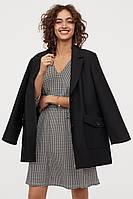 Женское платье с треугольным вырезом H&M