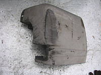 Левый клык заднего бампера VYC15-17926-AAW б/у на Ford Transit 2000-2006 год