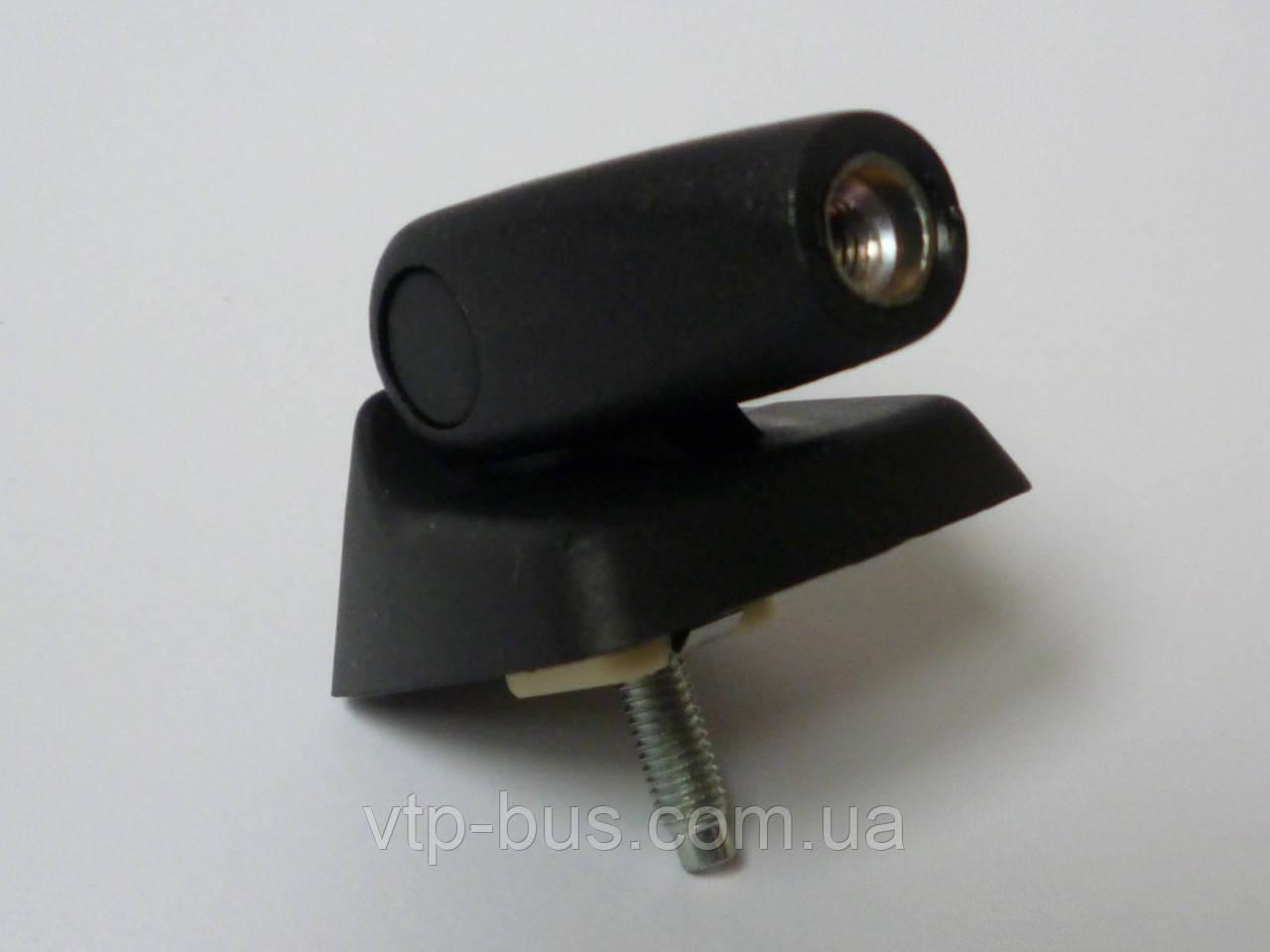 Крепление антенны радиоприёмника на Renault Trafic / Opel Vivaro с 2001... Renault (оригинал), 8200696701