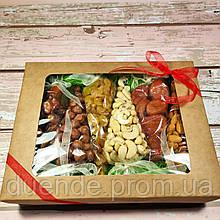 Подарочный набор Бокс Орехи и сухофрукты, вес 600 гр / box - 002